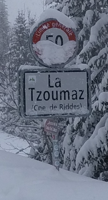 Ski holiday accommodation, La Tzoumaz, Verbier